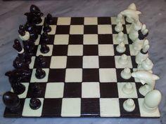 """L'échiquier en chocolat noir et chocolat blanc version """"Pâques"""""""