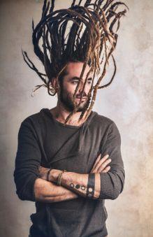 Man with dreadlocks Mens Dreadlock Styles, Mermaid Hair, Dreadlocks, Mens Fashion, Hair Styles, Beauty, Rainbow, Moda Masculina, Hair Plait Styles