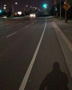 Voltando pra casa #night #canada #travel #bikelife #bike http://tipsrazzi.com/ipost/1521450049820114368/?code=BUdRsJjBz3A