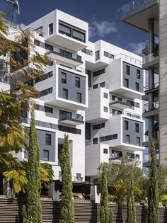Gallery of 22 Haganim st. Ramat Ha'sharon / Bar Orian Architects - 5