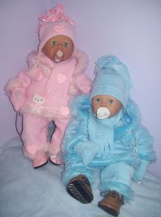 These are my popular twin Eskimo outfits.  Designed to fit 19 - 21 inch baby dolls like Zapf Baby Annabell.