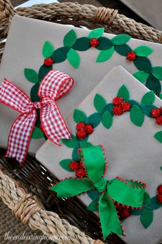 Holiday Gift Wrapping Ideas Tour