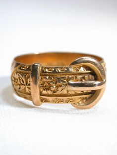 Engraved Edwardian Buckle Ring, c. 1918