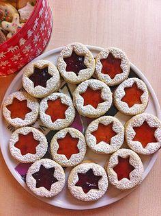 Spitzbuben Cookies - original german recipe in English - delicious christmas cookies!