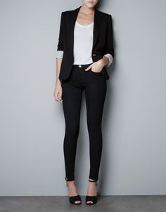 Love the outfit #OOTD #Business #Casual #Classy #Black www.Your24hCoach.com