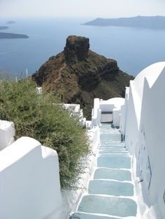 Nice #stairway. Must be in Greece, I think. #repin if you like