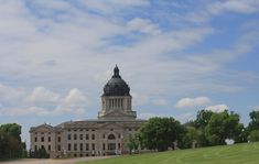 Top 5 Capitols in the United States Pierre South Dakota, South Dakota State, Column Capital, Capital City, Moorish, Historical Society, Beautiful Buildings, State Parks, Facade