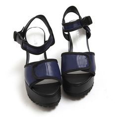Buckle Simple tonggup sandals $30.25