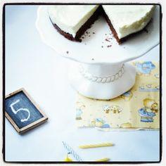 Maroon 5, Mousse, Baking, Sweet, Food, Cakes, Yogurt, Candy, Cake Makers