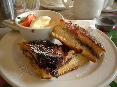 pain brioché en croque monsieur sucré, confiture de lait, framboise, vanille