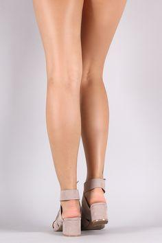 Qupid Strappy Chunky Kitten Heel