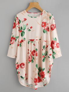 SheIn offers Random Florals Curved Hem Tee & more to fit your fashionable needs. Style Couture, Couture Fashion, Hijab Fashion, Girl Fashion, Fashion Outfits, Frock For Women, Tunic Designs, Hijab Style, Style Casual