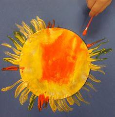 Painting with q-tips. Karens Preschool Ideas: Weather Week Cool sun project for art Preschool Weather, Weather Activities, Art Activities, Spring Activities, Weather Art, Weather Crafts, Sun Crafts, Space Crafts, Preschool Themes