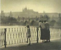 Prague byJaromír Funke, cca 1922-25