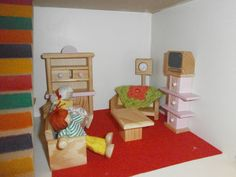 VAMPED UP DOLLSHOUSE 1