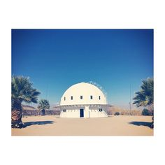 Integratron in Landers, CA. Bathe in sound to heal from the vibrations or in my case, take a really supercharged nap. #tbt #thevacationmode