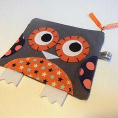 Porte-monnaie hibou gris orange étoiles et pois