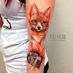 #foxtattoo by @momori_ink /// #Equilattera #tattoo #Tattoos...