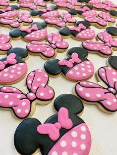 Minnie Mouse Birthday Decorations, Minnie Mouse Theme Party, Minnie Mouse First Birthday, Mickey Mouse Cupcakes, Minnie Mouse Baby Shower, Mickey Mouse Birthday, Mickey Cakes, Minnie Mouse Balloons, Birthday Kids