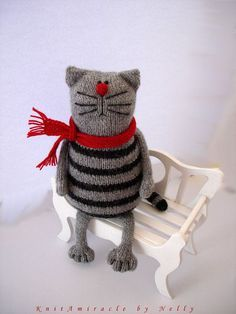 Toy cat knitting pattern Pablo the Serious Cat by KnitAmiracle