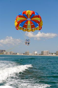 Go parachuting with Atlantic Water Sports in North Myrtle Beach, South Carolina. Myrtle Beach Attractions, Myrtle Beach Vacation, Beach Trip, Myrtle Beach South Carolina, North Myrtle Beach, Couple Beach Photos, Beach Pictures, Mrytle Beach, Parachuting