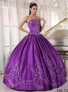Purple Strapless Embroidery Quince Dresses in Satin