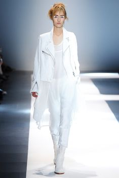 Ann Demeulemeester Spring 2015 Ready-to-Wear Collection Photos - Vogue