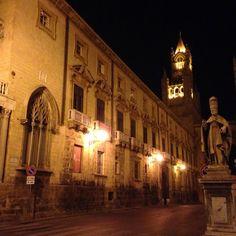 Il Palazzo Arcivescovile di Palermo- #mudipa by night.