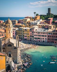 Vernazza Cinque Terre World Heritage Tourist Attraction Spots Superb Views Italy Vacation, Italy Travel, Vacation Spots, Weather In Italy, Attraction, Top Travel Destinations, Travel Trip, Italy Landscape, Around The World In 80 Days