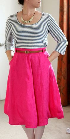 Day 28 of Me Made May '14. Sewaholic Hollyburn skirt in hot pink linen with Deer and Doe Plaintain tee. #mmmay14