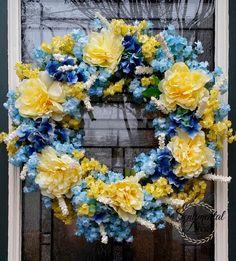 Modrá & Žlutá pivoňka a Hydrangea věnec, jaro Floral Wreath, Summer Garden věnec, Shabby Chic Blue svatební výzdoba, modrá a žlutá věnec