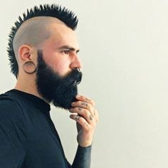 Image may contain: 1 person Mohawk Hairstyles Men, Haircuts For Men, Great Beards, Awesome Beards, Beard Images, Hair And Beard Styles, Hair Styles, Beard Game, Perfect Beard