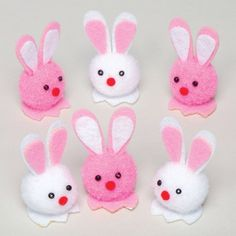 easter kids crafts cut pom pom bunnies good for preschool 20 Do-It-Yourself Easter Crafts for Kids Pom-Pom bunnies - would be cute to make baby chicks or lambs too :) ju Spring Crafts For Kids, Holiday Crafts For Kids, Crafts For Kids To Make, Kids Crafts, Preschool Crafts, Pom Pom Crafts, Yarn Crafts, Toy Story Crafts, Pom Pom Animals