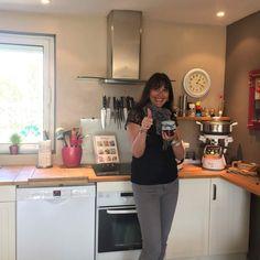 Des recettes faciles et testées pour tous les jours....... Mes recettes sont réalisées avec le companion ou le cookeo de moulinex mais aussi sans robot. Vous pouvez toutes les adapter à vos robots thermomix, vous trouverez une fiche d'équivalence sur mon blog, i cook'in...