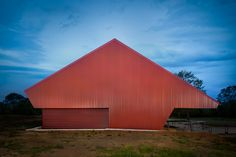 The Australian Institute of Architects has honoured 40 projects at the 2016 National Architecture Awards.