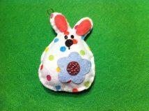 Felt Easter bunny ornament