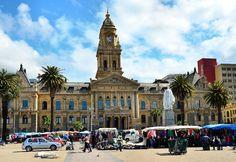 Saturday Flea Market and Cape Town City Hall