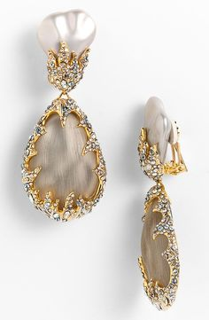 Alexis Bittar Dark Gardens Framed Clip Earrings available at Pearl Jewelry, Jewelry Box, Jewelry Accessories, Fashion Accessories, Fine Jewelry, Fashion Jewelry, Jewelry Design, Color Melon, Clip On Earrings