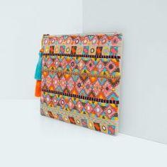 cosmetic-handbag-by-mango-9