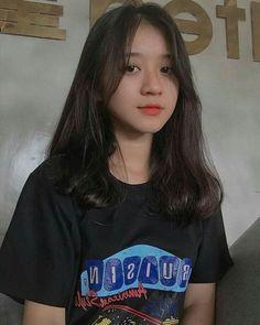 Ulzzang Korean Girl, Cute Korean Girl, Asian Girl, Uzzlang Girl, Medium Hair Styles, Curly Hair Styles, Haircuts Straight Hair, Cute Girl Face, Cute Girl Photo