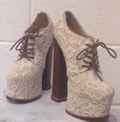 Dolce Vita 8 Size 7 Ivory Crochet Lace and Tweed von banditboutique