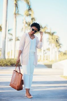 monochrome white work outfit. All white outfit with blush cardigan #workoutfit How to wear white pants? Women's Fashion