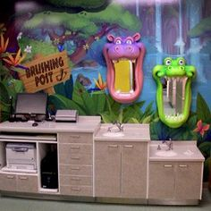 Custom Brushing Mirrors and Murals by Imagination Dental Solutions