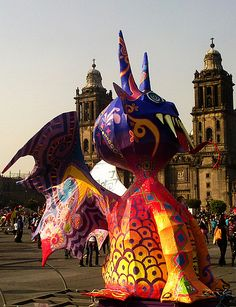 Invasion de Alebrijes en el Zocalo de la Ciudad de Mexico