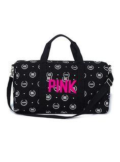 Duffle - Victoria's Secret Pink® - Victoria's Secret Im Oktober ist sie mein :) Victoria Secrets, Victoria Secret Outfits, Pink Love, Vs Pink, Pink Tote Bags, Pink Nation, Pink Outfits, Cute Bags, Luggage Bags