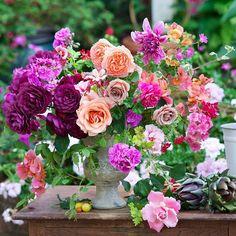 Kiana Underwood | Tulipina | Floral Designer #tulipina July #2015