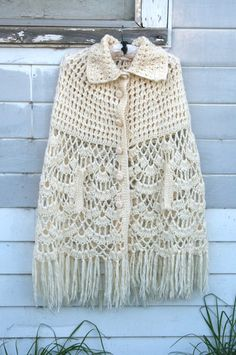♥Vintage MOD RETRO Bohemian Ivory Knit Jumper Festival CAPE Sweater