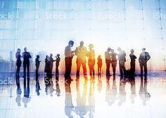 Silhouettes de gens d'affaires de parler à l'extérieur Stock Photo Libre de Droits 39749062 - iStock