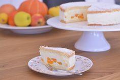 Сырно-сливочный торт Мандарин! Этот мандариновый десерт - мой фаворит Легкий  бисквит, сырно-сливочный крем с цедрой лимона и дольки мандарина - это очень вкусно ... Vanilla Cake, Desserts, Food, Tailgate Desserts, Deserts, Eten, Postres, Dessert, Meals