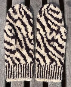 These Zebra Mittens are made with Alpaca Merino yarn making them super soft and their stranded colourwork construction makes them super warm!